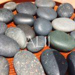 ホットストーンの石には遠赤外線効果があるので深部まで温まる